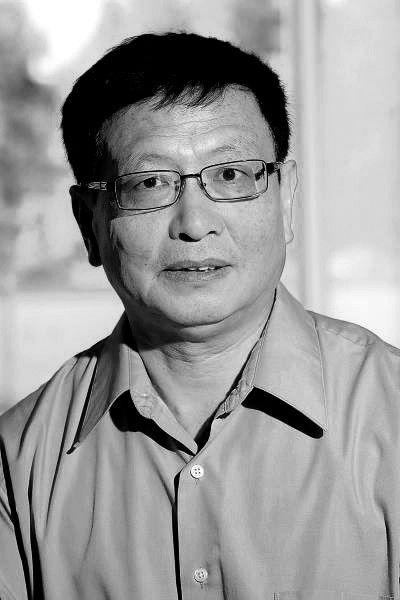 """华人数学家张益唐破译""""孪生素数猜想"""""""