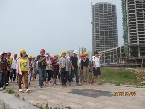 中建三局青岛海上嘉年华项目喜迎青岛理工大学学子参观团