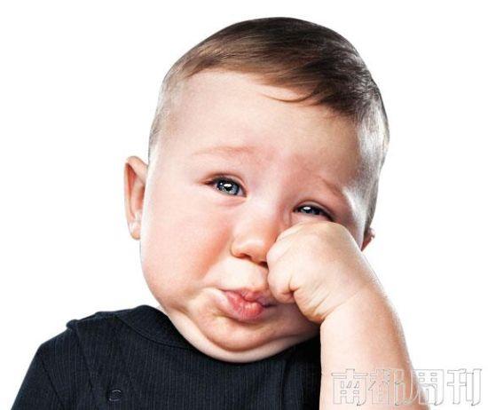 文_胡雯雯   婴儿可以说是一种集天使和魔鬼于一身的生物。尽管TA们基本只有哭、吃、睡、笑几种模式,但对于带孩子的新手来说,光是第一种模式,就足以叫人抓狂。因为婴儿几乎所有需求都只能用哭声来表达,如果你不能准确破译的话,就别指望关闭这个模式。   很可惜,婴儿出生时是没有附带说明书的,这就驱使不少研究者在TA们的哭声上不断花心思,试图破译这种神秘语言。最近,美国布朗大学和罗德岛州妇幼医院(Women & Infants Hospital of Rhode Island)的科研团队开发出了一款软件,