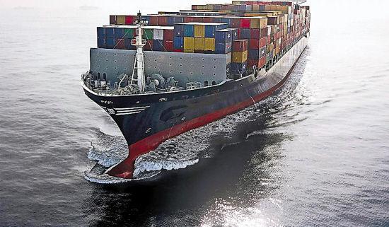 据统计,远洋货运44%的成本支出与船员有关.   其次,节能减耗.
