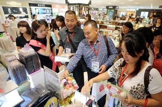 韩国游客与中国游客_为什么菲律宾韩国游客多