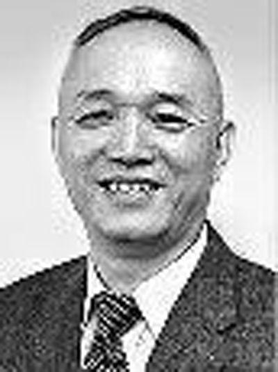 """8位省级政协主席全""""退常""""(图)"""