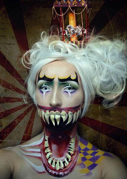 怪异-荷兰女子精通奇幻化妆术 变身冰雪女王和鬼怪骷髅