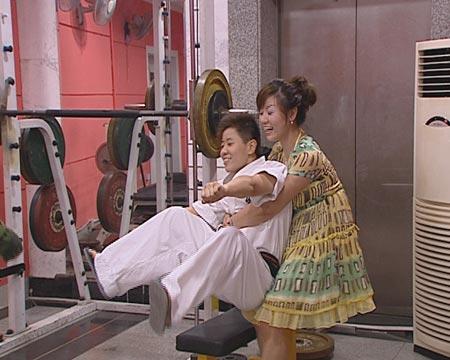 SMG《真情实录》7月17日播出《逐梦姐妹花》