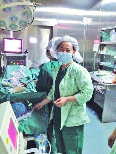 于力医生昨天仍在手术室忙碌。