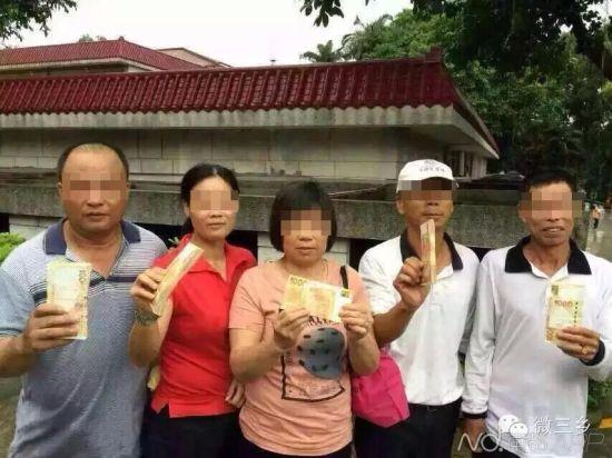 这五名球童分获10万港币大红包。 图像来历:微三乡