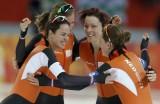 速滑女团追逐赛荷兰摘金