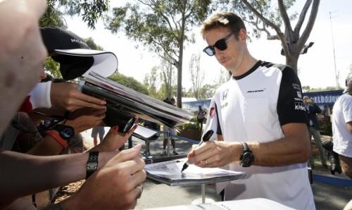图文-F1澳洲站第3次练习赛 迈凯轮车队巴顿