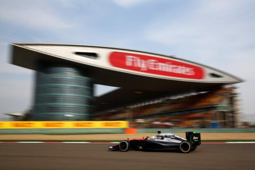 图文-F1中国站第2次练习赛 迈凯轮车队阿隆索