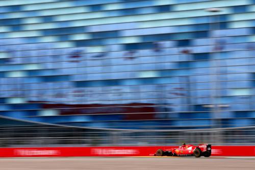 图文-F1俄罗斯站第1次练习 法拉利车队莱科宁