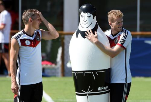 高清图-德国训练人墙娃娃成道具