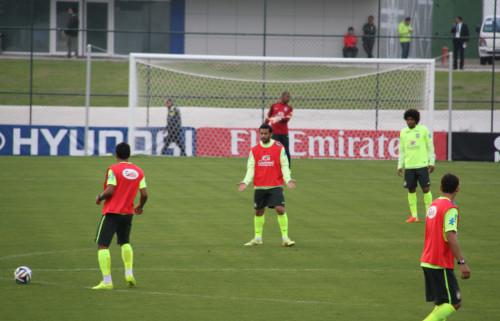 高清图-新浪直击巴西对抗赛