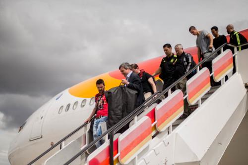 西班牙队返回马德里