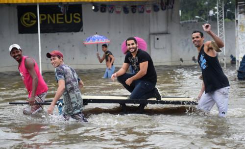 巴西累西腓遭洪水侵袭