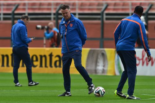 高清图-荷兰队备战半决赛