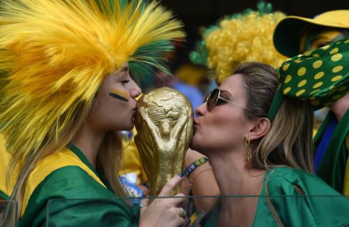 高清图-巴西德国球迷百态