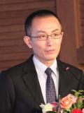发改委城市和小城镇中心研究员杨禹主持论坛
