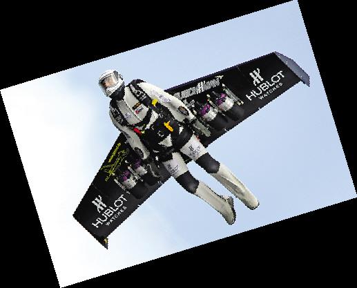 被称为火箭人的瑞士冒险家伊夫罗西14日完成一项惊人挑战:他依靠一副装有4部小型喷气发动机的机翼形翅膀成功飞越了阿尔卑斯山,成为世界上第一个依靠飞行动力翼飞越阿尔卑斯山的人。   双翼装有4部发动机   据报道,现年48岁的冒险家伊夫罗西是瑞士航空公司的一名机长。罗西20岁时就加入了瑞士军队,接受过两年的飞行员训练。退役后他又在瑞士航空公司当了多年飞行员。不过,罗西却天生喜欢冒险运动,参加过1500多次高空跳伞等运动。但他对此并不满足,并研制出了一种特殊的飞行动力翼一对折叠式机翼形