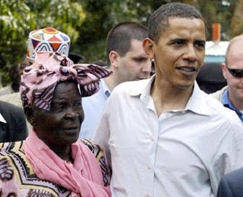 美国总统奥巴马与祖母萨拉。(资料图片)