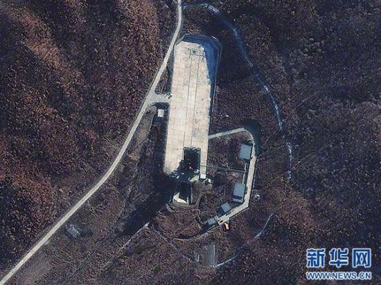 韩联社5月18日援引官方人士的话说,朝鲜当天发射了三枚短程导弹。新华社发