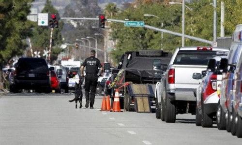 加州枪击案现场
