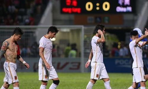 国足踢不赢香港,索性输给香港