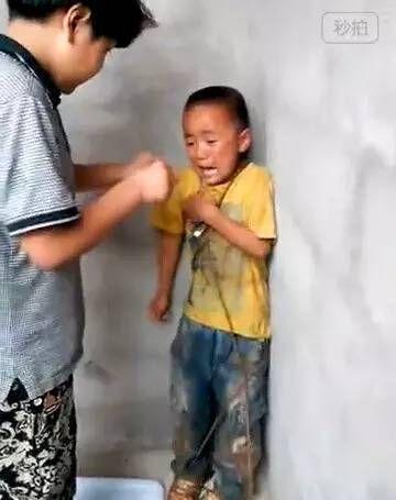 浙江庆元县4名初中生暴力殴打生小学一年级学生,甚至用香烟头烫