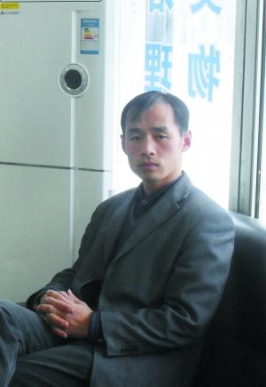 """崔常青,2003年来京工作,2006年回乡创业,开办""""教育培训学校""""。"""