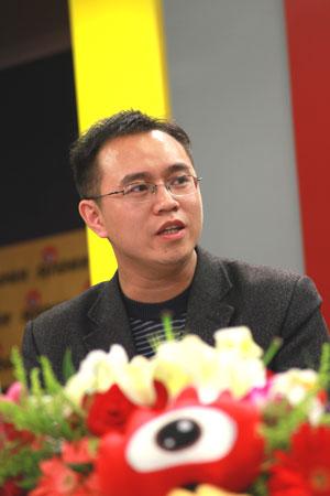 东北大学招办主任李海雄做客新浪解析2010高招