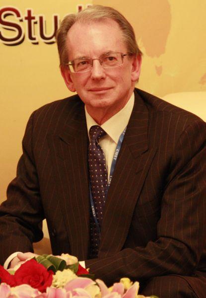 澳大利亚纽卡斯尔大学常务副校长凯文麦克文做客新浪嘉宾聊天室