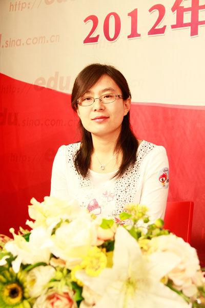北京物资学院招生办公室主任孙静做客新浪