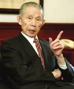 王永庆:节俭出名的父亲。