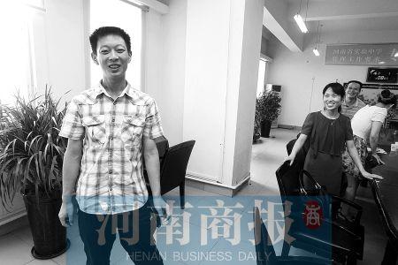 中招之所以考得这么好,王之霖说,是自己心态好 河南商报记者 王春胜/摄