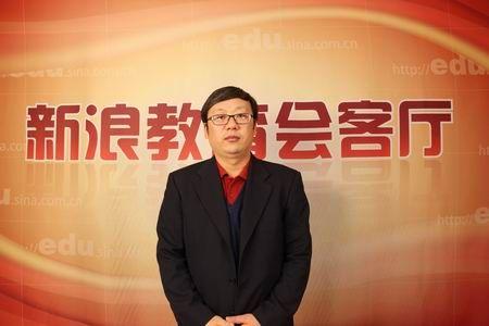 清华万博的总裁黄建