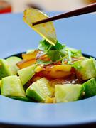 黄瓜拌变蛋