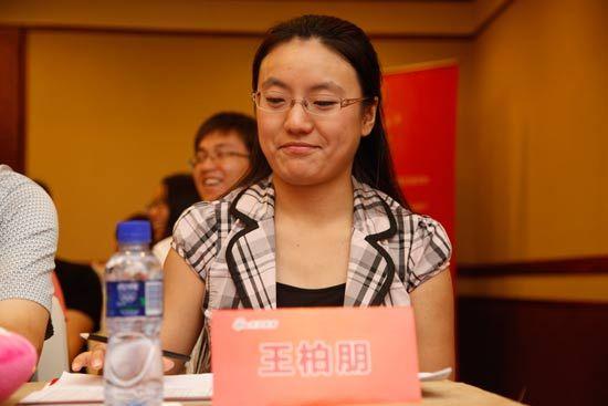 西安龙文教育人事经理王柏朋对参赛选手感到很欣慰