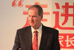美国南部私立院校认证委员会主席 Steve Robinson