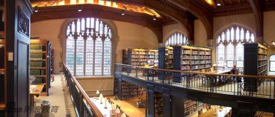 美国纽约州,普济西,私立法舍学院,佛地力克-费理斯-汤母生纪念图书馆。(译注:Vassar College是美国当年的七姐妹学校之一,现为男女合校的独立学院。)Frederick Ferris Thompson Memorial Library, Vassar College, Poughkeepsie, NY