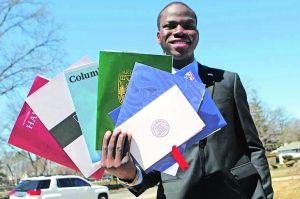 现年18岁的埃克也生于尼日利亚