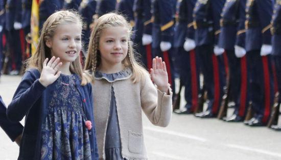 西班牙小公主亮相国庆日大阅兵