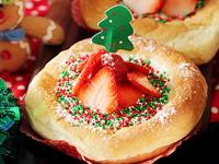 草莓嫩布丁面包