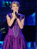 泰勒-斯维夫特紫衣