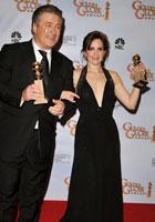 亚历克-鲍德温与蒂娜-菲<br>凭《我为喜剧狂》<br>分获电视音乐/喜剧类最佳