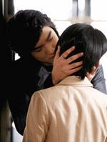 俊杓吻向在京