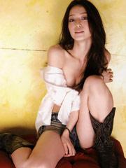 日本80后女星上野秀美肤
