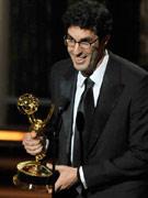 杰弗里-布里兹凭《办公室―应力消除》获喜剧类最佳导演奖