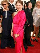 朱莉安-摩尔桃红色礼服