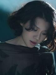 刘琳新写真优雅神秘