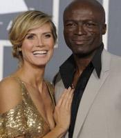 海蒂-克拉姆与黑人老公