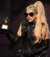 Lady Gaga获最佳流行女歌手